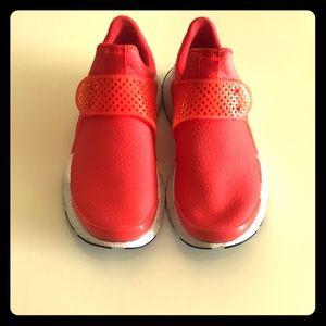 Nike Sock Dart-size 5